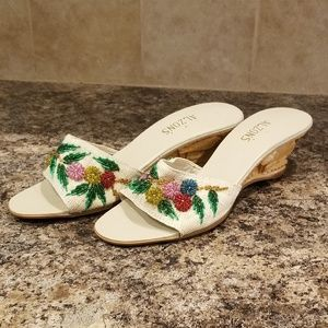 Vintage nos 1940's carved tiki shoes pin up heaven